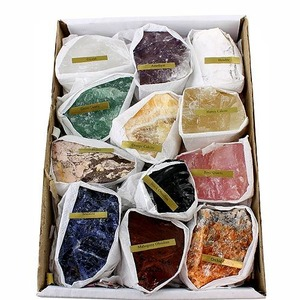 Photo of the: 12 Minerals Educational Set